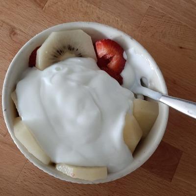 Lekkerrrrr! Ontbijtje met veel vers fruit!